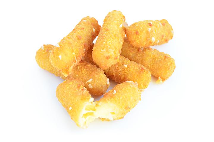 Сырные палочки в сухарях