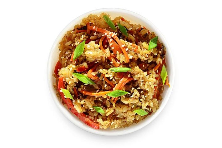Рис с шампиньонами и овощами